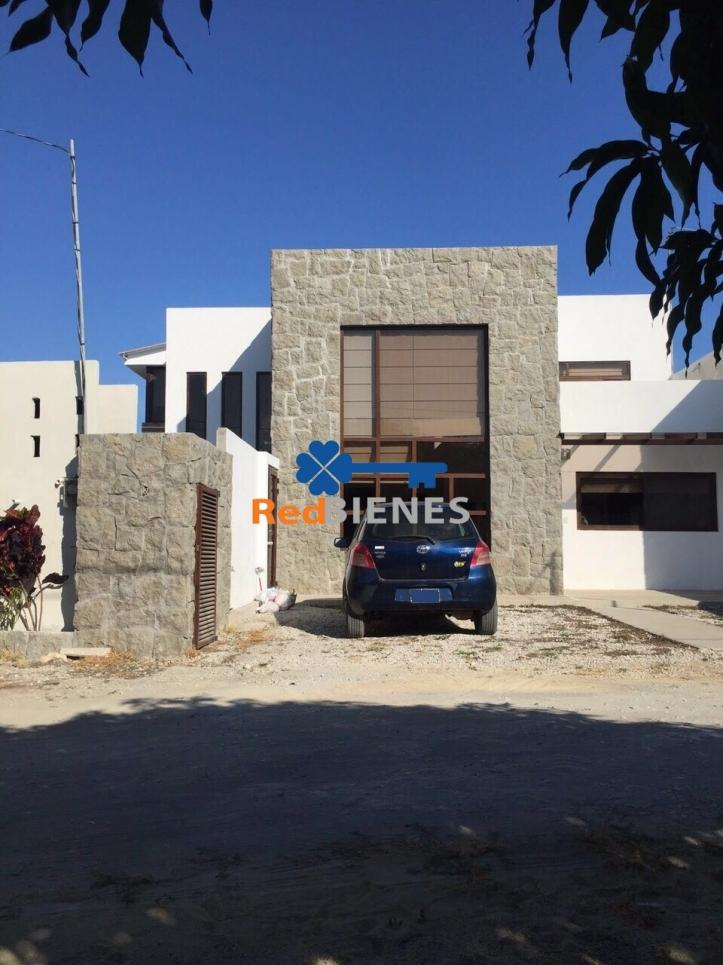 Casa en Venta en Playas Km 2,5 Via A Data , General Villamil (playas), Playas